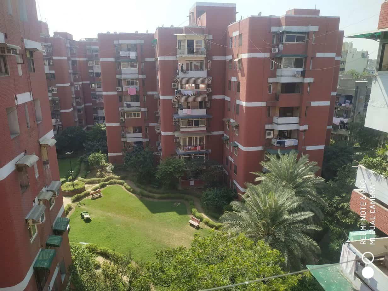 2 bhk flats for sale in paradise apartment patparganj