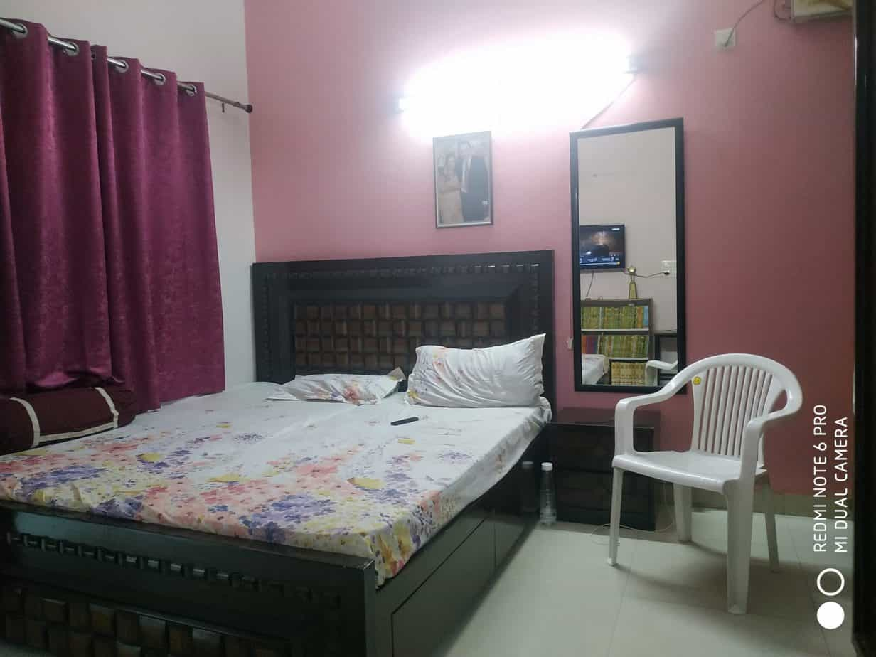 Retreat Apartments 3 bhk with 3 toilet bathroom for sale ip extanesion